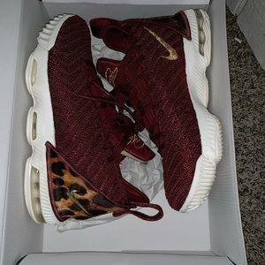 "Nike Shoes - Nike Lebron 16 ""King"""